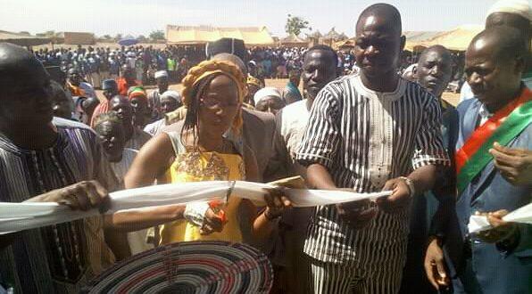 Burkina Faso : Fatou Diallo et ses amis de la Belgique offrent un centre de santé à la population de Keke.
